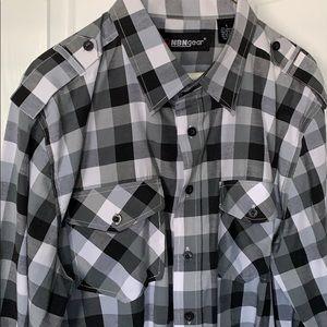 💥 Long Sleeve Checker Pattern Shirt - Like New 💥